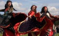 В Туве на главной площади столицы в День России пройдут мастер-классы народных танцев