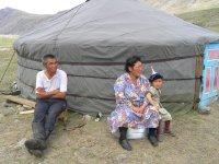 В Туве проживают 307925 человек