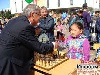 Международный день шахмат в Туве отметят сеансом одновременной игры на главной площади Кызыла
