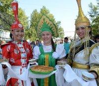 Ак-Довурак широко отметил 50-летний юбилей