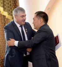Глава Тувы принял отставку министра сельского хозяйства и продовольствия Cергея Огнева