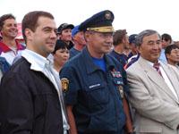 Дмитрий Медведев, Сергей Шойгу и Шериг-оол Ооржак. Фото пресс-службы МЧС