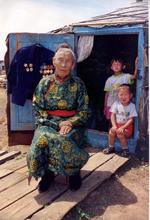 Вера Чульдумовна Байлак, ветеран войны. Фото Юрия Косарькова, предоставлено газетой Урянхай-Неделя