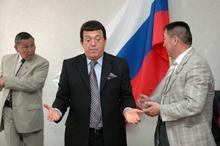 Иосиф Кобзон на встрече в парламенте Тувы. Фото Оюмыы Хомушку