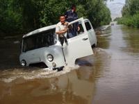 Июльский паводок в Туве. 2006 год. Фото пресс-службы МЧС