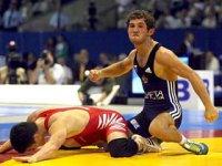Опан Сат стал серебряным призером чемпионата России по вольной борьбе