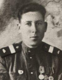 Призывник из ТНР, артиллерист Георгий Абросимов