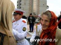 В Туве в Год Учителя открыт памятник Первым русским учителям