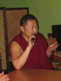 В Туве побывал доктор буддийской философии, автор популярных детских сказок