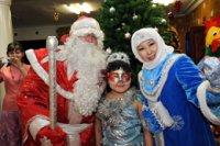 В Туве организованы новогодние елки для лучших школьников