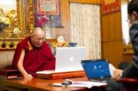 Открыты русскоязычные страницы Далай-ламы в Твиттере и Фэйсбуке