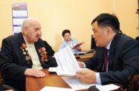 В День Конституции Тувы глава республики провел прием граждан