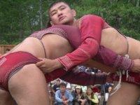 Тувинский таможенник первенствовал в соревнованиях по борьбе с участием коллег из Монголии