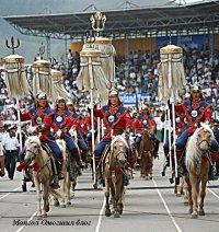 Тувинские чабаны участвуют в торжественном открытии праздника Наадам в Монголии
