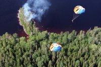 35 парашютистов из Тувы помогут в тушении пожаров в Коми