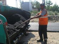 В столице Тувы ремонтируют один из самых аварийных участков дороги