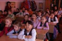 Энергетики Тувы рассказывают младшим школьникам о пользе и риска электроэнергии