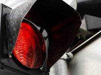В Туве водитель BMV, сбивший светофор, получил 15 суток ареста