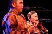 На этнофестивале в Уфе тувинские музыканты сыграли на копытах