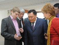 Глава Тувы поздравил министра связи телеграммой с выставки