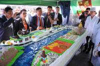 Торт весом 152 кг с набережной Енисея и обелиском Центр Азии подарили на день рождения Кызылу кондитеры
