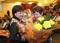 Федеральные гранты в 200 тысяч рублей вручены пяти педагогам Тувы