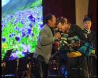 Тувинский американец Шон Куирк дал в Кызыле сольный концерт