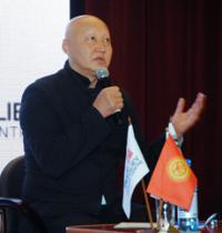 Женишбек Назаралиев встретился с медицинским сообществом Тувы