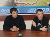 В Туве подростки помогли задержать грабителя
