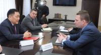 Глава Тувы провел переговоры с руководством Тувинской горнорудной компании