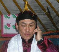 Жители Тувы в новогоднюю ночь говорили в 2,5 раза больше, чем остальные сибиряки