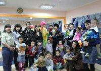 """В детском центре """"Сема"""" (Тува) прошли обучающие уроки для детей и их родителей"""