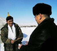 Члены правительства Тувы выехали в сельские районы поздравить чабанов с Шагаа