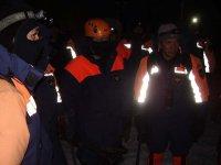 В Туве возобновились поиски юноши, остающегося под снежным завалом