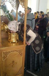 Kовчег с частицами мощей великомученика Пантелеимона прибыл в Туву