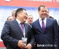 Глава Тувы Шолбан Кара-оол признан эффективным лоббистом среди губернаторов РФ