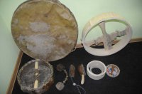Народные мастера Тувы поделились секретами изготовления шаманских бубнов