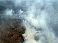 В Туве лесные пожары тушат с земли и с воздуха