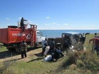 Эрзинские единороссы высадили первый в этом году экодесант на озеро Торе-Холь
