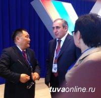 Два представителя Тувы - Дина Оюн и Алексей Пиманов - выступили учредителями Всероссийского Народного Фронта