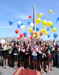 В Туве рекорд золотых медалей среди выпускников школ – 62!
