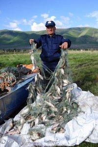 На озере Чагытай (Тува) за два дня обнаружено 23 браконьерских сети
