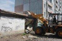В Кызыле в попавшем под снос киоске предприимчивый хозяин разместил нелегальный зал игровых автоматов