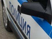 В Туве обвиняемый в краже и убийстве во время конвоирования угнал автомашину