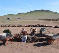 """В Туве курганы все чаще разрушают """"черные археологи"""""""