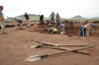 В Туве даже каменный век лежит на поверхности - археологи