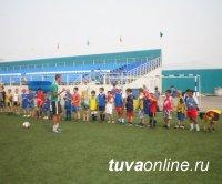 Перед тренером с лицензией УЕФА стоит задача поднять детский футбол  в Туве