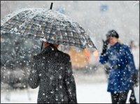 В Туве валит снег