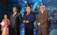 На новогоднем балу главы Тувы чествовали героев года