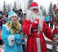 Дед Мороз и символы Олимпиады побывали во всех микрорайонах Кызыла